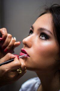 Odpowiedni makijaż